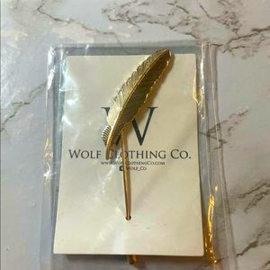 FREE w/Purchase💥Gold Feather Tie/Lapel Pin